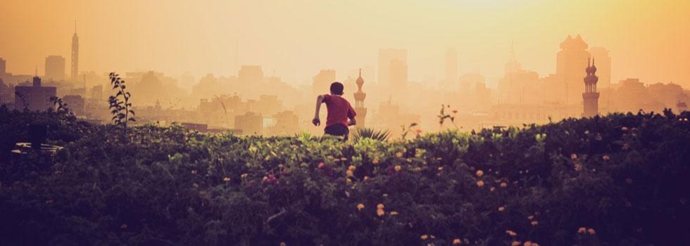 Fem råd som hjälper dig att leva ett gladare liv.